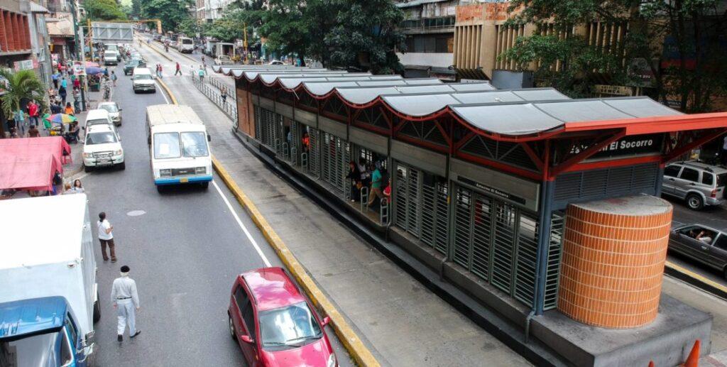 PILPERCA Corredor de transporte público Buscaracas 1024x517 - Pilperca 61 años ayudando al desarrollo y modernización de la infraestructura de Venezuela