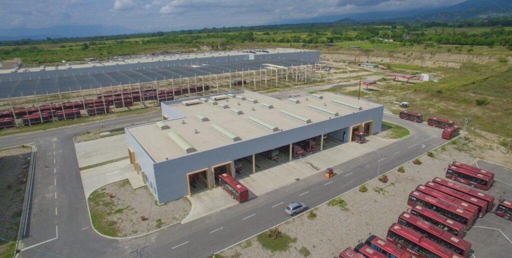 PILPERCA Fábrica de Autobuses YUTONG 1024x517 - Pilperca 61 años ayudando al desarrollo y modernización de la infraestructura de Venezuela